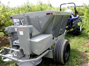 lime fertilizer spreader